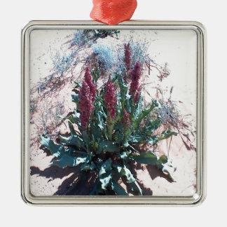 紫色の野生の花 メタルオーナメント