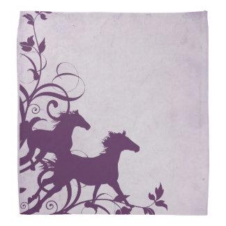 紫色の野生の馬 バンダナ
