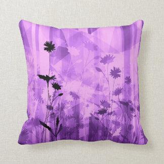 紫色の野生花 クッション