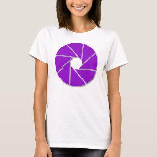 紫色の開きの刃 Tシャツ