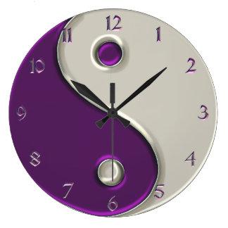 紫色の陰陽の時計および間 ラージ壁時計