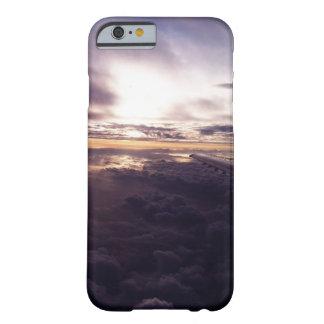 紫色の雲の電話箱 BARELY THERE iPhone 6 ケース