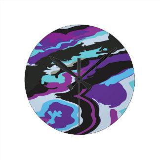 紫色の青いカムフラージュ 時計