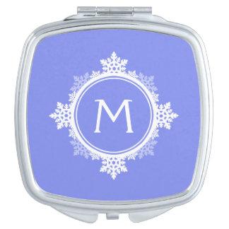 紫色の青の雪片のリースのモノグラム及び白い