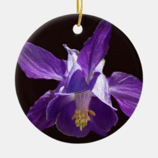 紫色の青オダマキ(植物) セラミックオーナメント