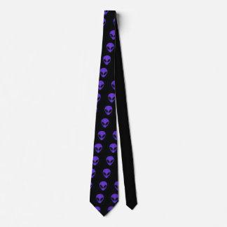 紫色の顔の外国のタイ ネクタイ