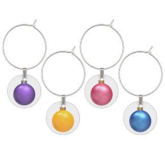 紫色の黄色いピンク及び青いクリスマスの球のチャーム ワインチャーム