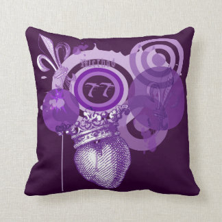 紫色の(紋章の)フラ・ダ・リのグラフィックの枕 クッション