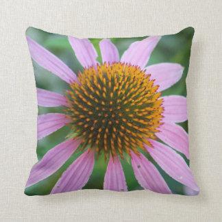 紫色のConeflower クッション