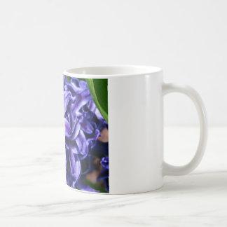 紫色のHyacinthのマグ コーヒーマグカップ
