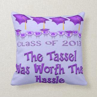紫色は口論の装飾用クッションの価値を持つふさをおおいます クッション
