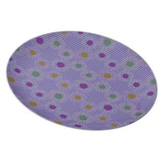紫色はnの水玉模様を縞で飾ります プレート
