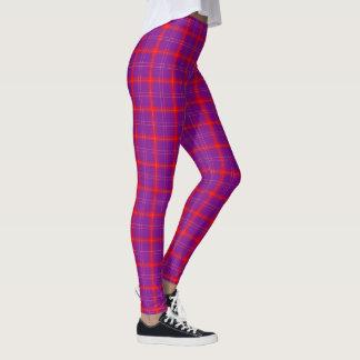 紫色または赤くか白いタータンチェックパターンレギンス レギンス
