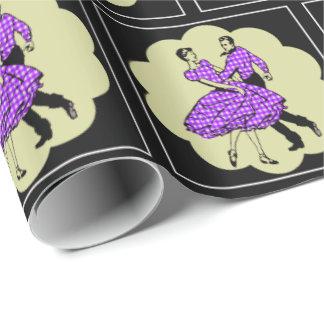 紫色を身に着けている正方形ダンサーの国のダンサー ラッピングペーパー