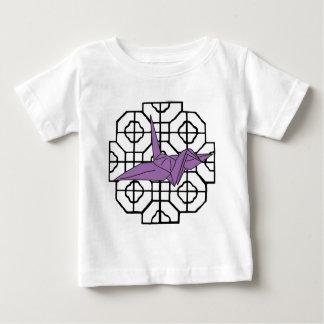 紫色クレーンおよび格子 ベビーTシャツ