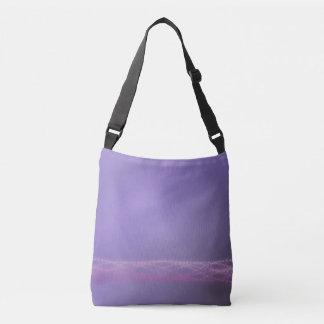 紫色ライト クロスボディバッグ