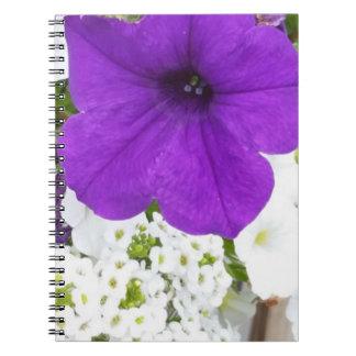 紫色及び白ノート(80ページB&W)は咲きます ノートブック