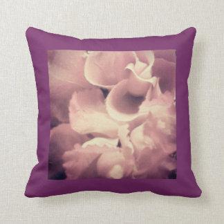 紫色及び真珠の枕 クッション