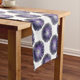 紫色雨ガーベラ ショートテーブルランナー