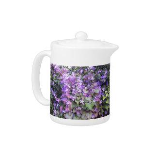 紫色/藤色の花のティーポット