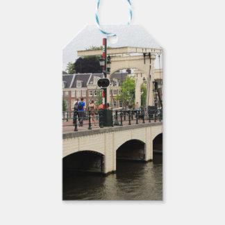 細い橋、アムステルダム、オランダ ギフトタグ