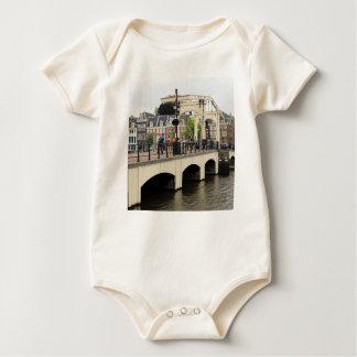 細い橋、アムステルダム、オランダ ベビーボディスーツ