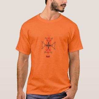 細い縦縞のマルタ十字 Tシャツ