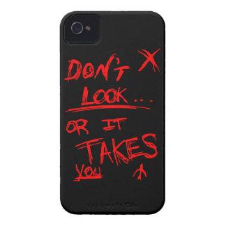 細い: 黒で赤く見ないで下さい Case-Mate iPhone 4 ケース