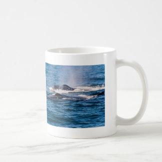 組のザトウクジラのコーヒー・マグ コーヒーマグカップ