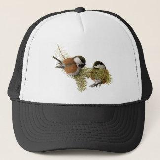 組の松の木のクリに支えられる《鳥》アメリカゴガラ キャップ