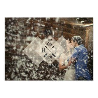 結婚するモダン及びシックで白く写実的な上敷| 12.7 X 17.8 インビテーションカード