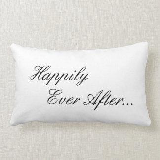 結婚式の枕 ランバークッション