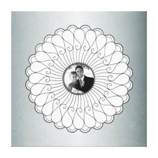 結婚式または記念日のカスタムな写真の銀 キャンバスプリント