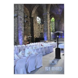 結婚式招待状の古いゴシック様式教会 カード