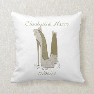結婚祝いか好意の枕 クッション
