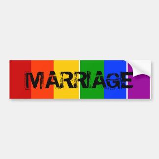 結婚陽気なLGBTの虹 バンパーステッカー