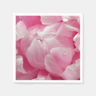 結露のピンクのロマンスの咲くシャクヤクの花 スタンダードカクテルナプキン