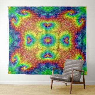 絞り染めの空のヴィンテージの万華鏡のように千変万化するパターンの壁のタペストリー タペストリー