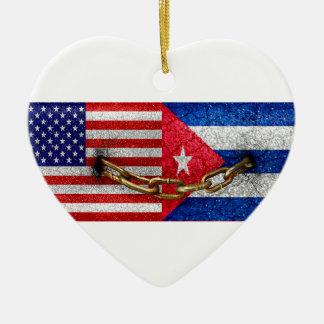 統一されたな米国およびキューバの旗 セラミックオーナメント
