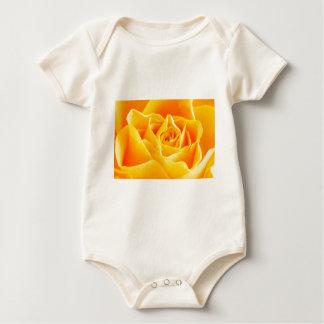絵を描かれる黄色バラ ベビーボディスーツ