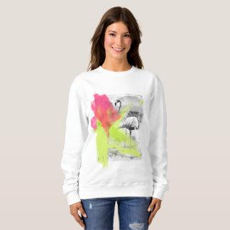 絵筆の打撃のビーチのフラミンゴの鳥、 スウェットシャツ