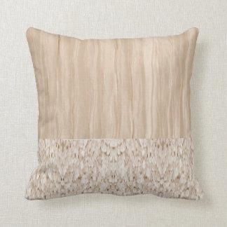 絹のアイボリーの水晶枕 クッション