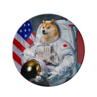 総督の宇宙飛行士総督shibe総督の犬かわいい総督 磁器プレート