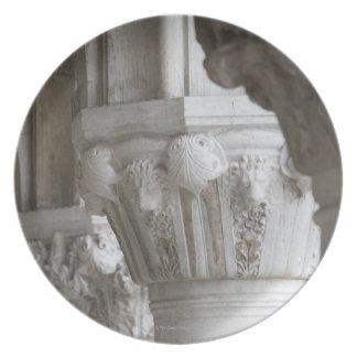 総督の宮殿ベニスイタリアのコラムの詳細 プレート
