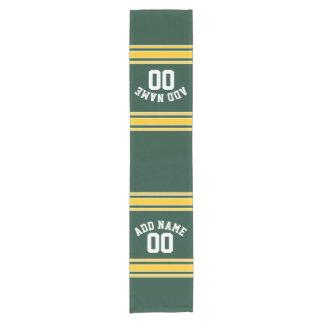 緑およびイエロー・ゴールドのストライプので名前入りなスポーツ ショートテーブルランナー