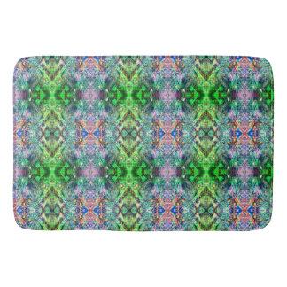 緑およびティール(緑がかった色)の抽象的なパターン バスマット