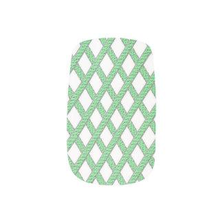 緑および白い十字形のネイルアート ネイルアート