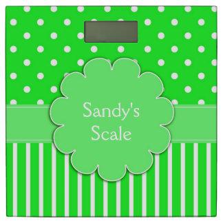 緑および白い水玉模様及びストライプの体重計 体重計