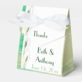 緑および白い花の結婚式 フェイバーボックス