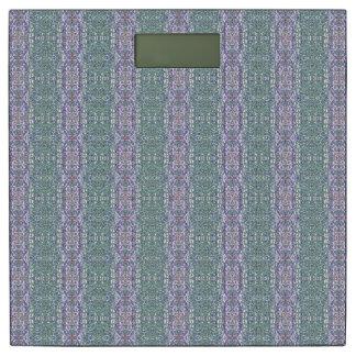 緑および紫色のパターン(の模様が)ある縞で飾ります 体重計